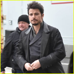 Josh Hartnett Gets Back to 'Penny Dreadful' Filming After Welcoming First Child With Tamsin Egerton