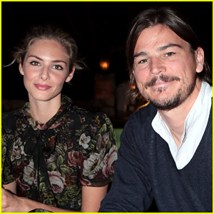 Josh Hartnett & Tamsin Egerton Welcome First Child!