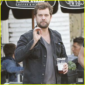Joshua Jackson Just Started a 21 Day Trip Around the World
