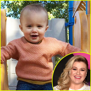 Kelly Clarkson's Daughter River Met Santa & Didn't Like it One Bit!