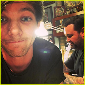Louis Tomlinson May Have Gotten a Birthday Tattoo on His Butt!