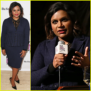 Mindy Kaling Sings Christmas Carols On 'The Muppets' - Watch Here!