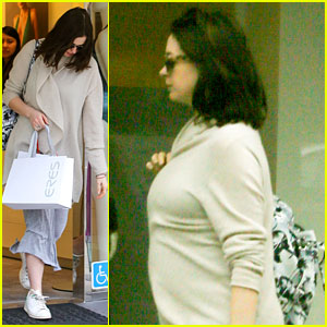 Pregnant Anne Hathaway Steps Out for Some Holiday Shopping