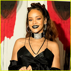 Rihanna Reveals Plans for Her First-Ever NYFW Show