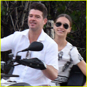 Robin Thicke & Girlfriend April Love Geary Take a Holiday Vacay to St. Barts