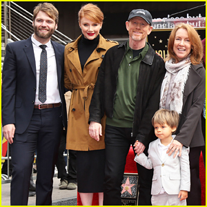 Ron Howard Gets Support From Entire Family At 2nd Star Hollywood Walk of Fame Ceremony!