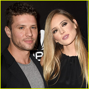 Ryan Phillippe & Girlfriend Paulina Slagter Are Engaged!