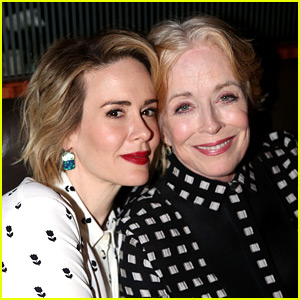 Sarah Paulson & Holland Taylor Are Reportedly Dating!