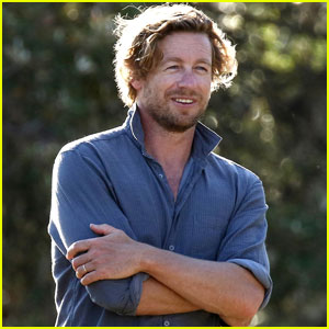 Simon Baker Begins Work on 'Breath' at Bronte Beach in Sydney