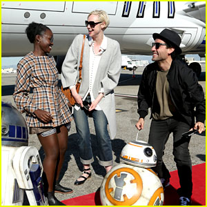 'The Force Awakens' Cast Flies to London in R2-D2 Plane!