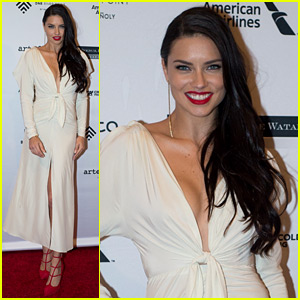 Adriana Lima Honors Ana Moser at Brazil Foundation Gala 2016!