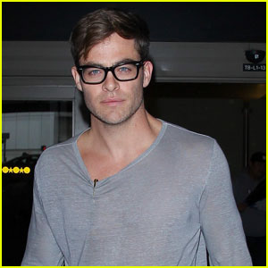 Chris Pine Dishes Details on His 'Wonder Woman' Character