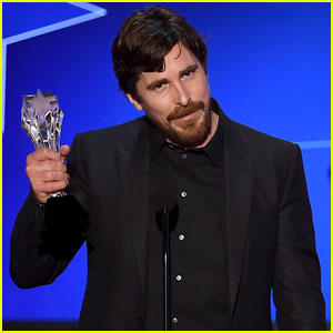 Christian Bale Wins Best Comedic Actor at Critics' Choice 2016