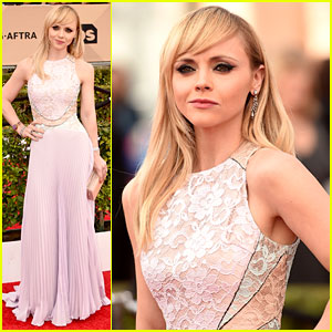 Christina Ricci Is a Blonde Bombshell at SAG Awards 2016!