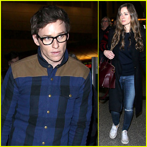 Eddie Redmayne Ditched His iPhone for a Brief Period of Time