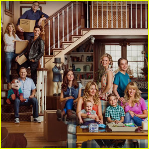 The Tanners Are Back Together in New 'Fuller House' Teaser!