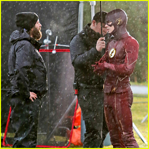 Grant Gustin Returns To 'The Flash' After Golden Globes Weekend