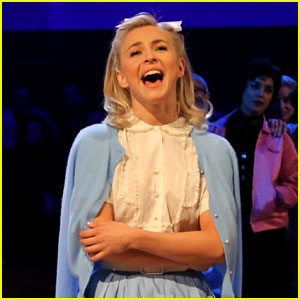 Grease: Live's Sandy: Julianne Hough Writes Sweet Note Before Tonight's Show!