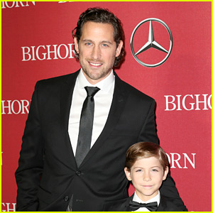 Jacob Tremblay's Hot Dad Was Trending at Golden Globes!