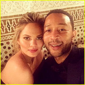Chrissy Teigen & John Legend Share Their First Selfie of 2016