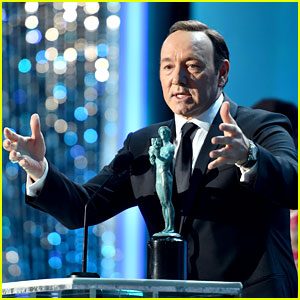 Kevin Spacey Wins for 'House of Cards' at SAG Awards 2016