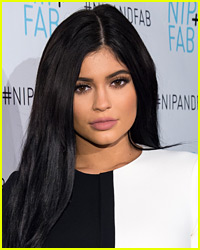 Kylie Jenner Says 30 is Too Late to Have Children (Video)