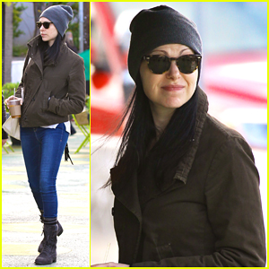 Laura Prepon Begins 'Stash Plan' Ahead Of Book Release!