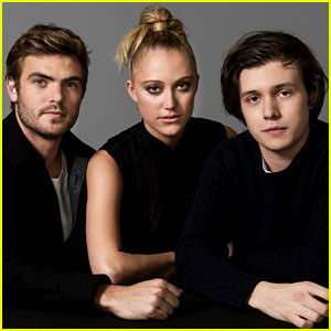 Maika Monroe & Nick Robinson Pose for JJ's '5th Wave' Portrait Session! (Exclusive Photos)