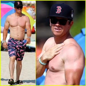 Mark Wahlberg Still Looks Super Hot With His Farmer's Tan!