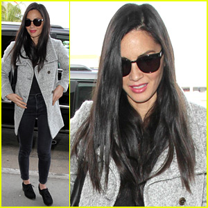 Olivia Munn Shoots Down Aaron Rodgers Engagement Rumors