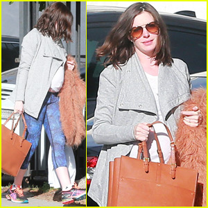 Pregnant Anne Hathaway Is On a 'Wellness Kick'