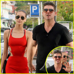 Robin Thicke Thinks its Cool His Dad Alan Hung Out With Drake