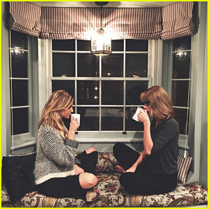 Taylor Swift & Kelsea Ballerini Have a Cozy Girls' Night In