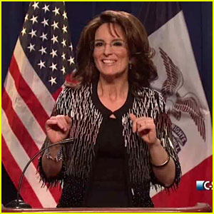 Tina Fey Returns to 'SNL' as Sarah Palin, Parodies Donald Trump Endorsement