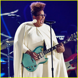Alabama Shakes Hit the Stage at the Grammys 2016
