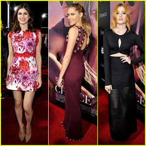 Alexandra Daddario & Teresa Palmer Wow at 'The Choice' Premiere