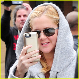 Amy Schumer Turns the Cameras on Photographers - Watch Now!