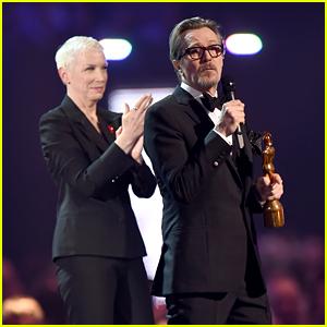Annie Lennox & Gary Oldman Give Emotional David Bowie Tribute at BRIT Awards 2016