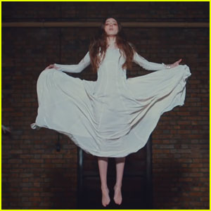 Birdy Drops 'Keeping Your Head Up' Music Video - Watch Now!