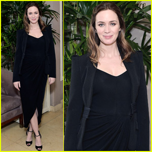 Emily Blunt Shows Off Tiny Baby Bump at Chopard Dinner