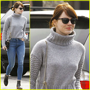 Emma Stone Goes Casual for Solo Valentine's Day Outing