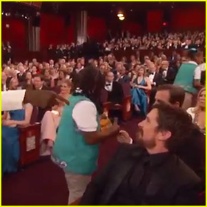 Chris Rock Invites Girl Scouts to Sell Cookies to Celebrities During Oscars 2016 - Watch Now!