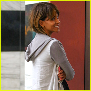 Halle Berry Checks Out the Jewelry Selection at Crystalarium
