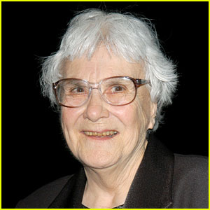 Harper Lee Dead - 'To Kill a Mockingbird' Author Dies at 89