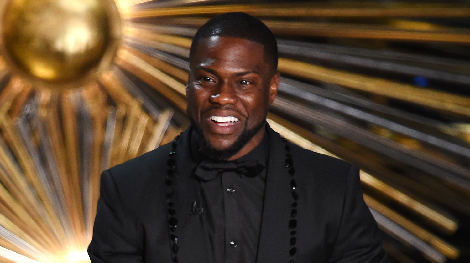 Kevin Hart Pays Tribute To Actors Of Color At Oscars 2016