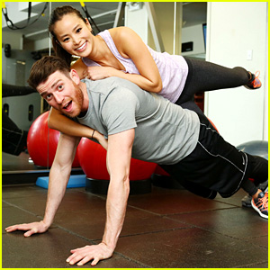 Jamie Chung & Bryan Greenberg Had the Cutest Valentine's Date!
