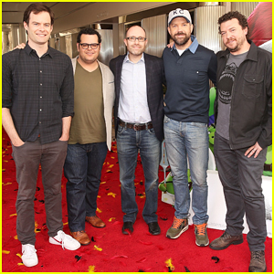 Jason Sudeikis & 'Angry Birds' Cast Reveal Details About Their Characters - Watch Trailer!