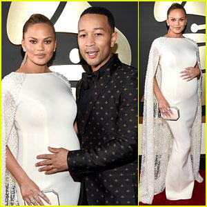 John Legend Holds Pregnant Chrissy Teigen's Baby Bump on Grammys 2016 Red Carpet