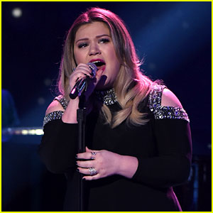 Kelly Clarkson Dishes on Her Emotional 'American Idol' Night