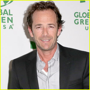 Luke Perry to Play Archie's Dad in The CW's 'Riverdale' Pilot